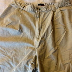 Tommy Hilfiger size 33 men's shorts. Great condtn!
